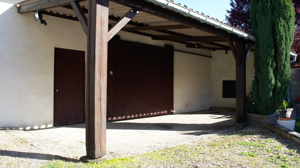Le garage de la maison